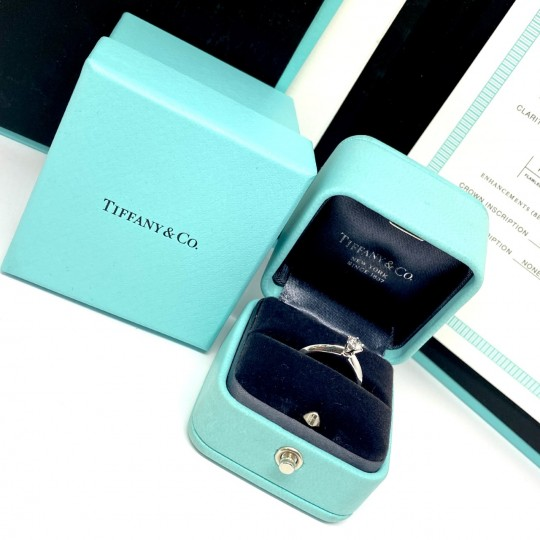 BAGUE FIANCAILLE TIFFANY & CO. SOLITAIRE PLATINE