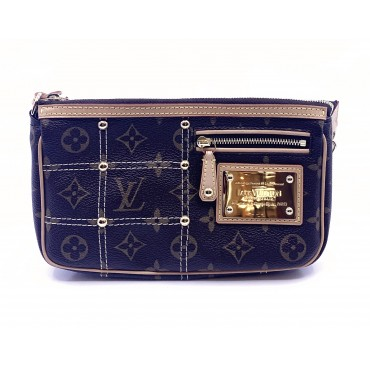 pochette louis vuitton riveting