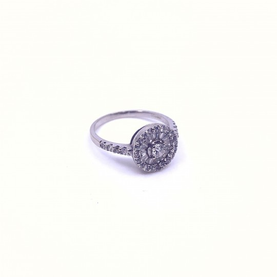bague or blanc avec diamants